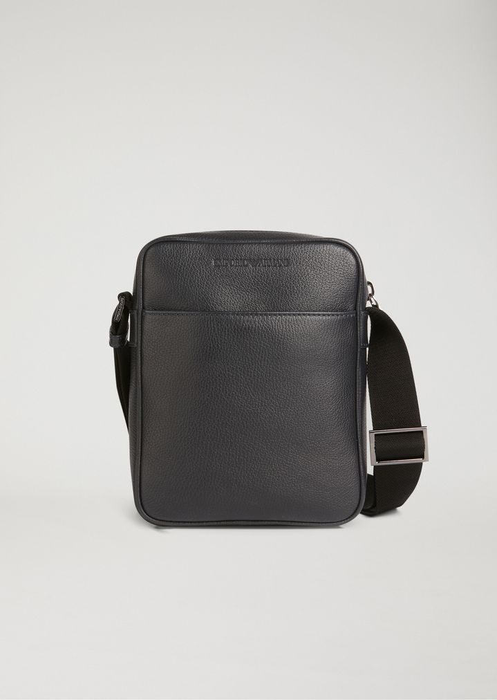 28850669 Crossbody bag in grained leather with pressed logo