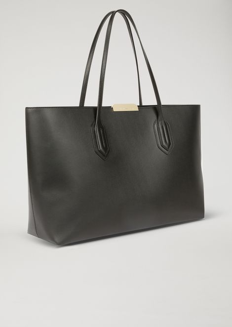 Tote bag with metallic logo detail