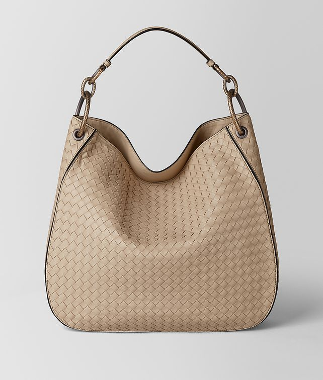 BOTTEGA VENETA MEDIUM LOOP BAG IN INTRECCIATO NAPPA Hobo Bag [*** pickupInStoreShipping_info ***] fp