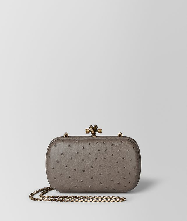 BOTTEGA VENETA CHAIN KNOT IN OSTRICH Clutch Woman fp