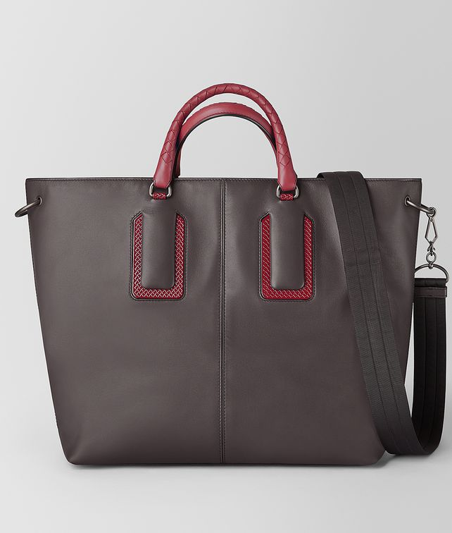 BOTTEGA VENETA 18 TOTE IN FRENCH CALF LEATHER AND ENAMEL Tote Bag [*** pickupInStoreShippingNotGuaranteed_info ***] fp