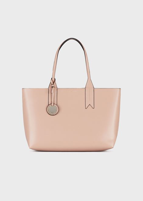 Shopper with logo charm