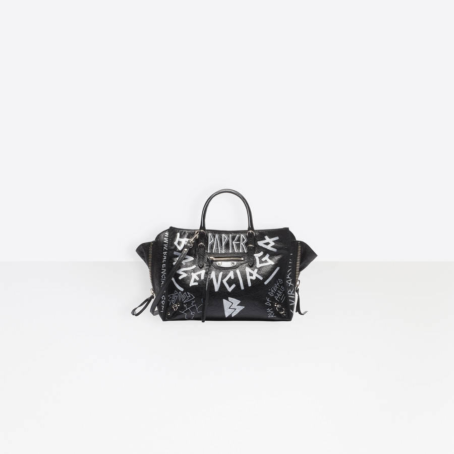 65d654c78145dc BALENCIAGA Papier A6 Zip Around Graffiti Papier ZA Handbag Woman f ...