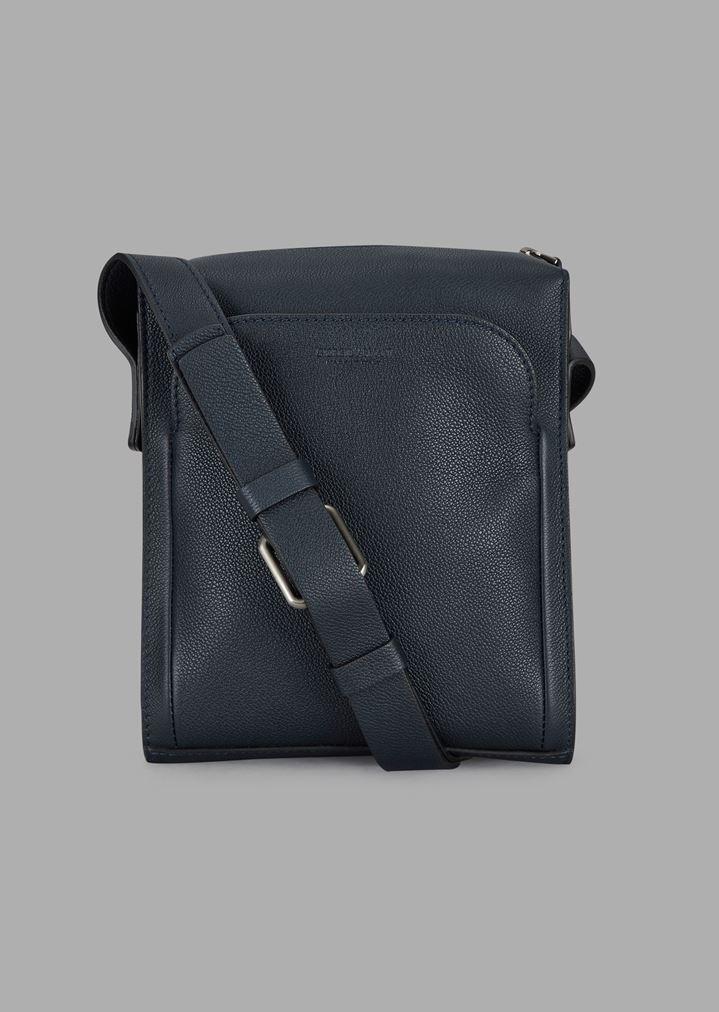 df64fa985a Grainy cross-body bag with external pocket