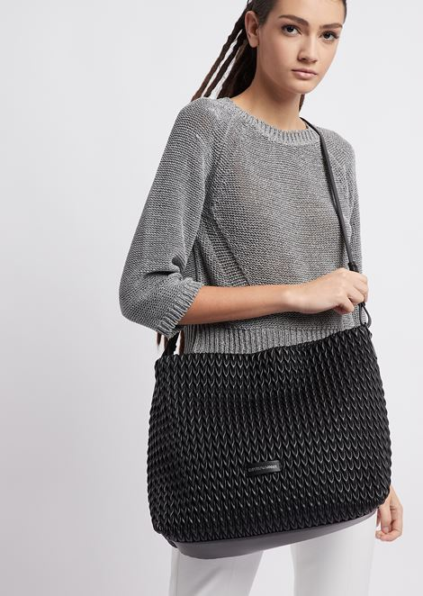 Hobo bag in quilted faux nappa leather with drop motif