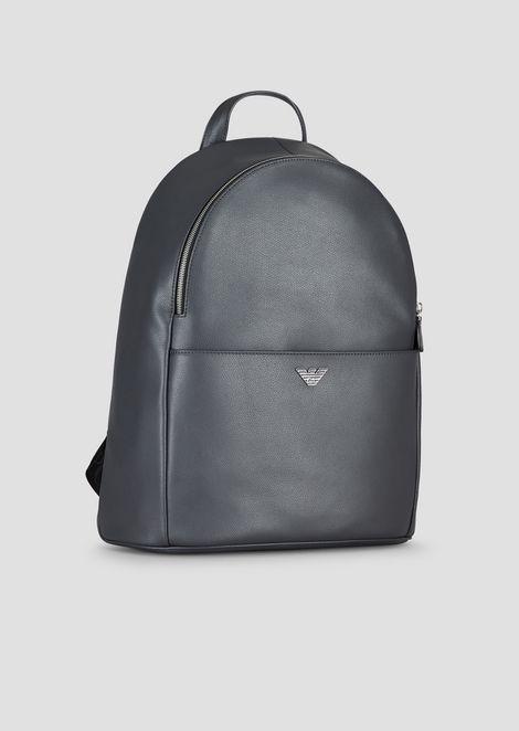 Rucksack aus strukturiertem, bedrucktem Leder mit Logo-Schulterriemen