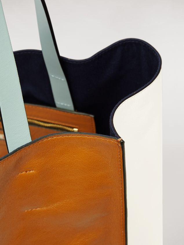 Marni シャイニーレザー MUSEO SOFTバッグ ラージ ブラウン&ベージュ&ペールブルー&レッド レディース - 4