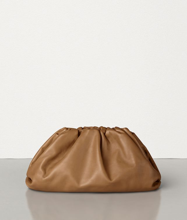 BOTTEGA VENETA THE POUCH IN BUTTER CALF Clutch Woman fp
