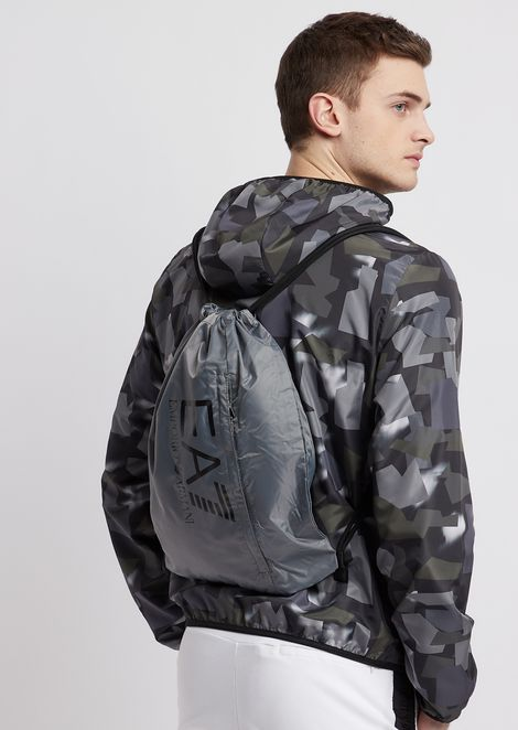 Backpack in tech fabric with logo