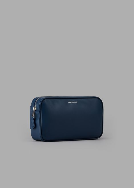 Smooth leather pouch with embossed logo