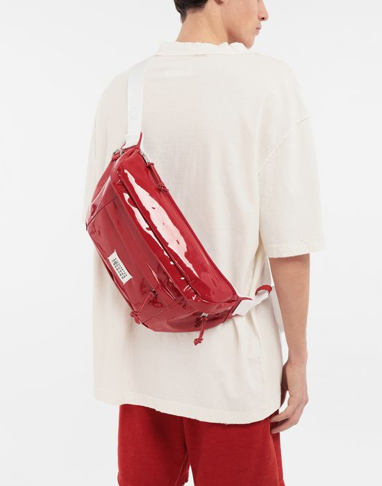 MAISON MARGIELA Medium patent leather bumbag Fanny pack [*** pickupInStoreShippingNotGuaranteed_info ***] b