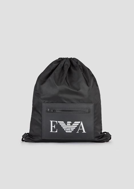 Mochila tipo saco de tejido técnico con bolsillo con logotipo