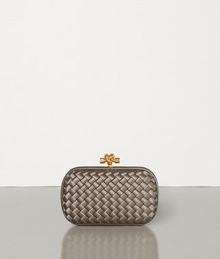 81648d7aee348 Women's Clutches | Knot & Clutch Bags | Bottega Veneta®