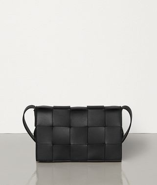 CROSS-BODY BAG IN MAXI INTRECCIO