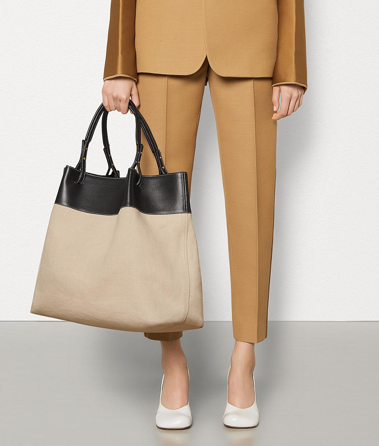 50代女性に人気Bottega Venetaのレディースバッグ