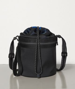 BUCKET MESSENGER BAG IN PAPER TOUCH NYLON
