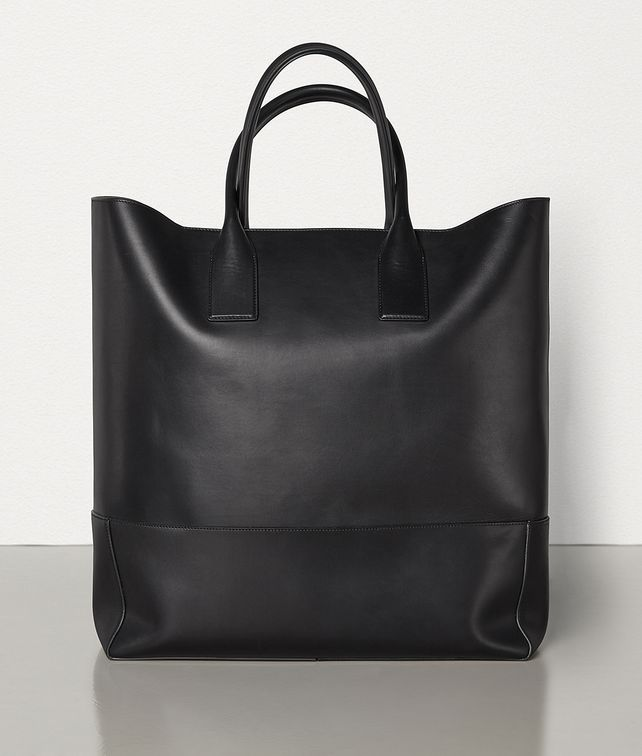 BOTTEGA VENETA MEDIUM TOTE IN FRENCH CALFSKIN Tote Bag Man fp