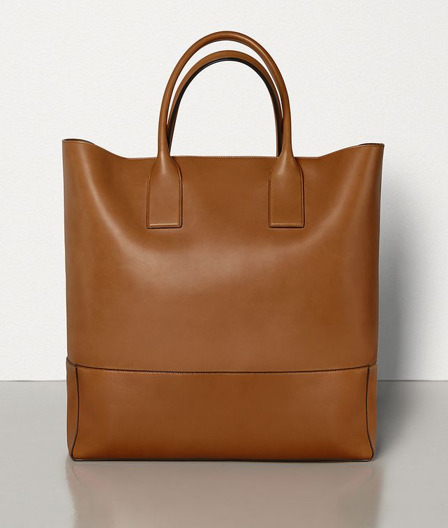 BOTTEGA VENETA MEDIUM TOTE IN FRENCH CALF Tote Bag Man fp