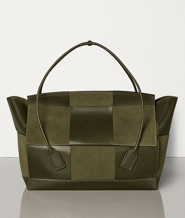 BOTTEGA VENETA THE ARCO 75 IN FRENCH CALFSKIN AND SUEDE Tote Bag E fp
