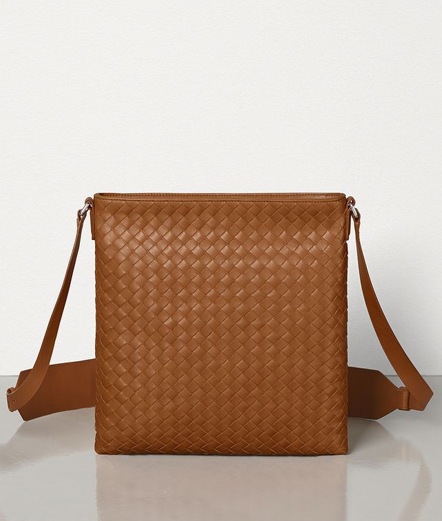 BOTTEGA VENETA SMALL MESSENGER BAG IN INTRECCIATO VN Messenger Bag Man fp