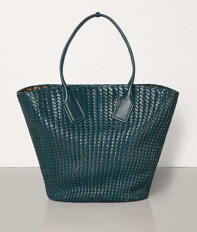 BOTTEGA VENETA LARGE BASKET TOTE IN INTRECCIO RETE Tote Bag Woman fp