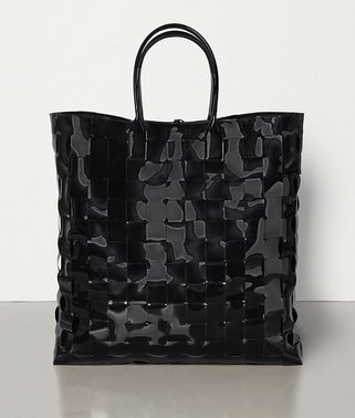 EXTRA-LARGE MAXI INTRECCIO TOTE IN LACQUER