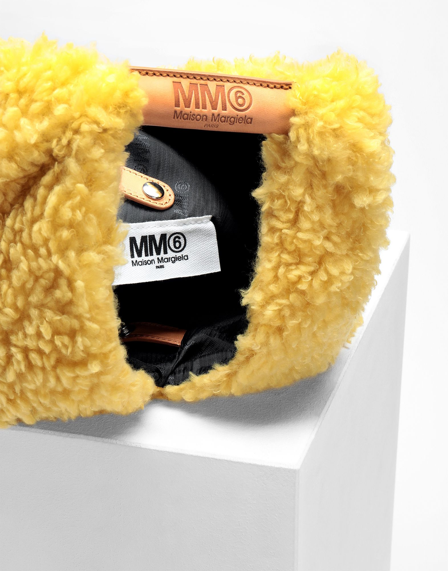 MM6 MAISON MARGIELA Teddy Japanese small bag Handbag Woman a