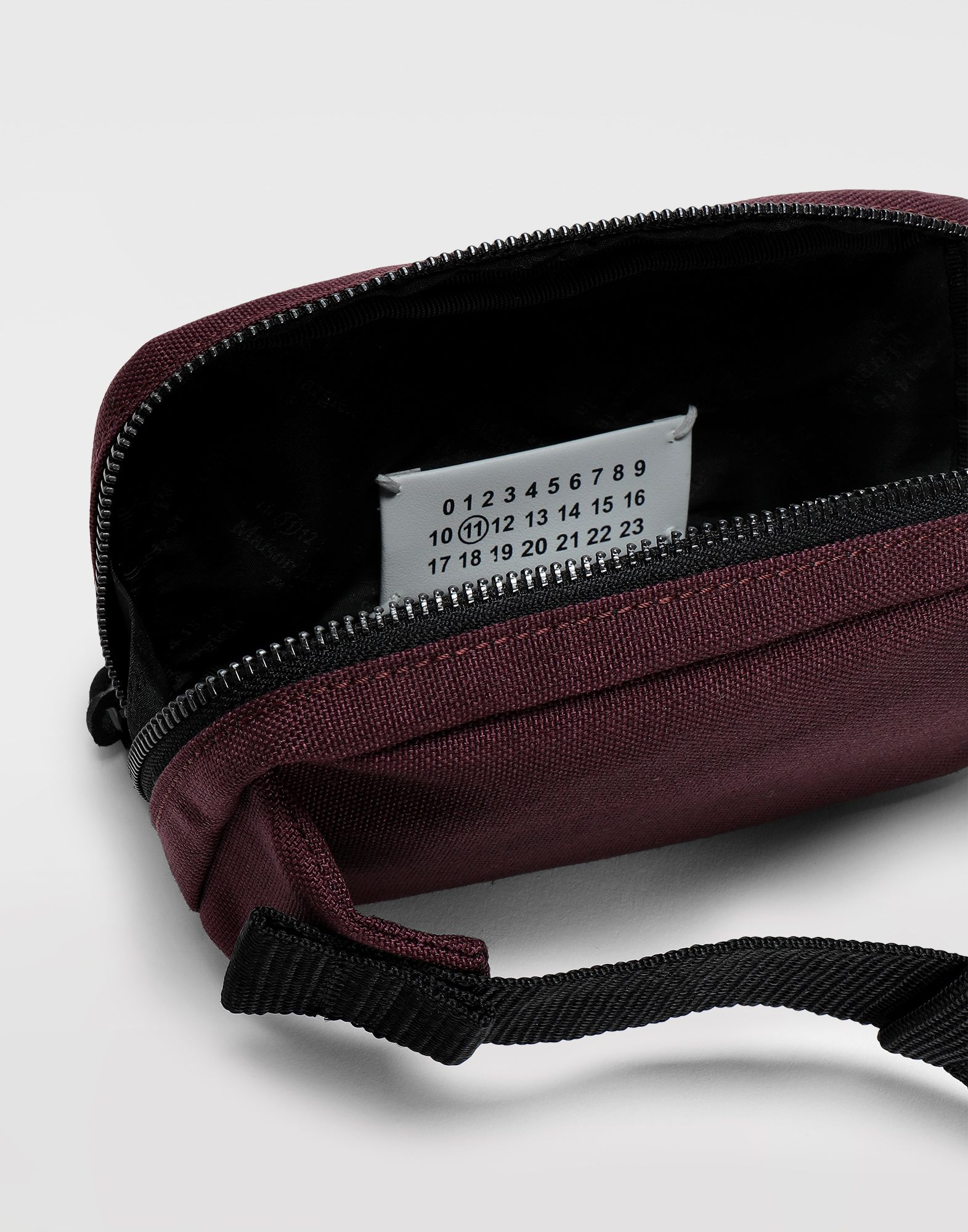 MAISON MARGIELA 4-stitches zip-around bumbag Fanny pack Man a