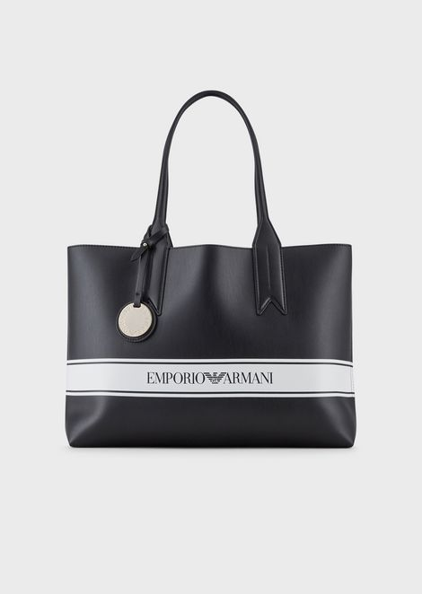 Shopper with logo charm and band