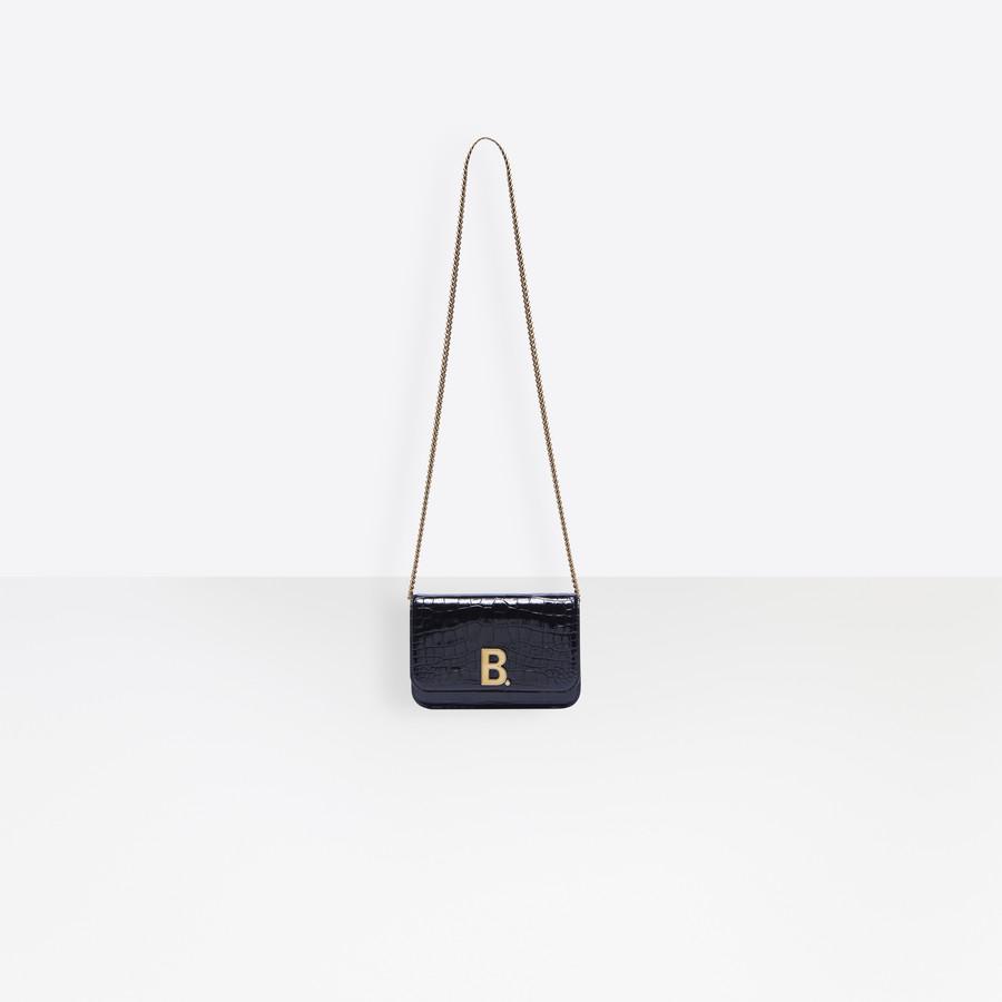 B. Wallet On Chain for Women   Balenciaga