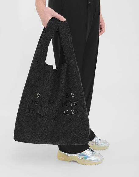 MAISON MARGIELA Logo felt shopping bag Tote Man r