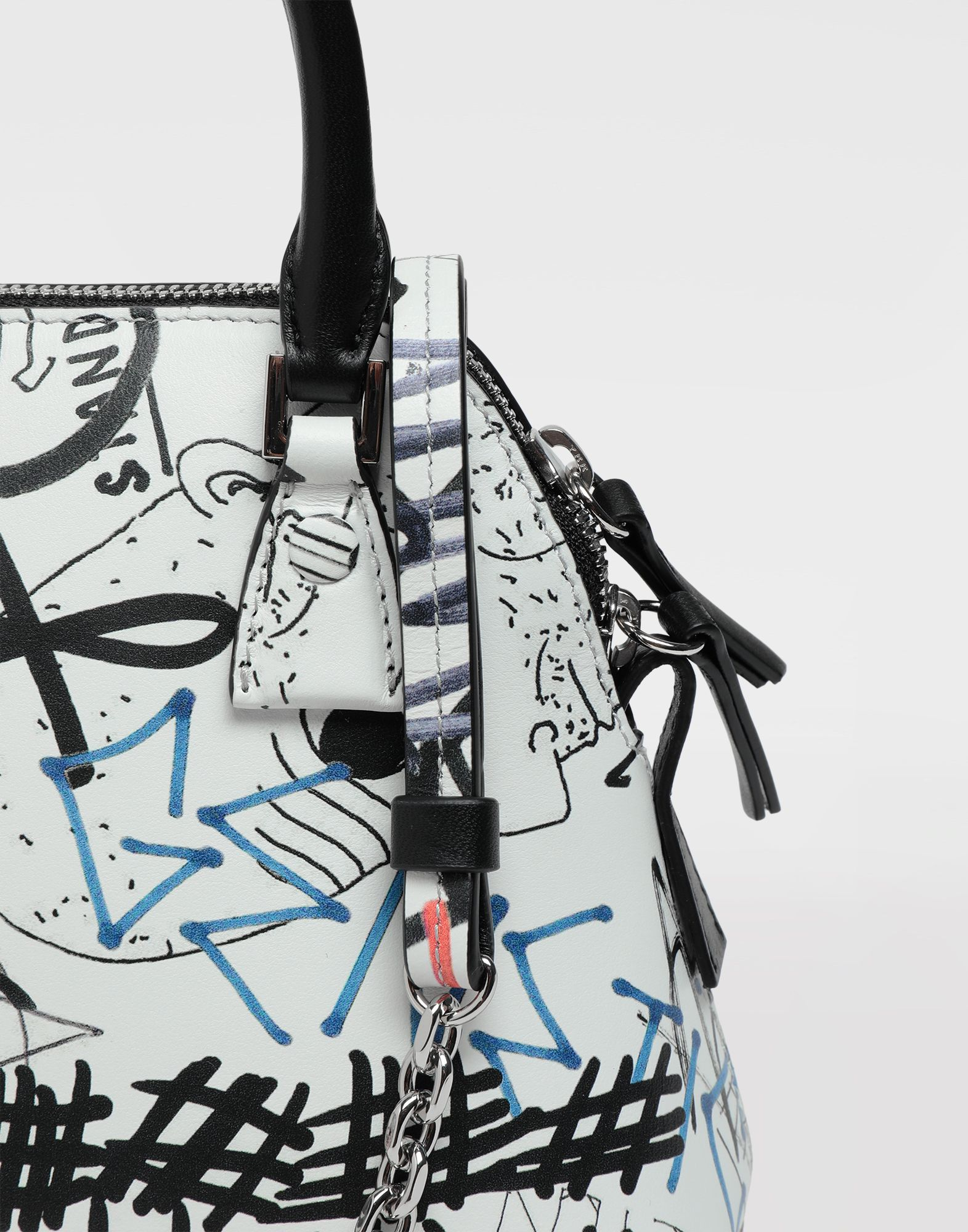 MAISON MARGIELA Graffiti 5AC micro bag Shoulder bag Woman b