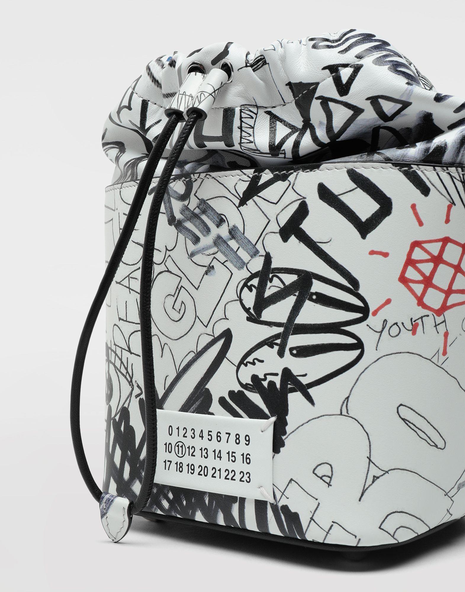 MAISON MARGIELA Borsa a secchiello 5AC Graffiti Borsa a spalla Donna b