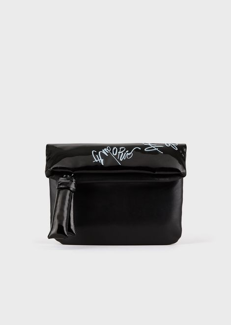 Pochette with faux patent leather details and mural logo