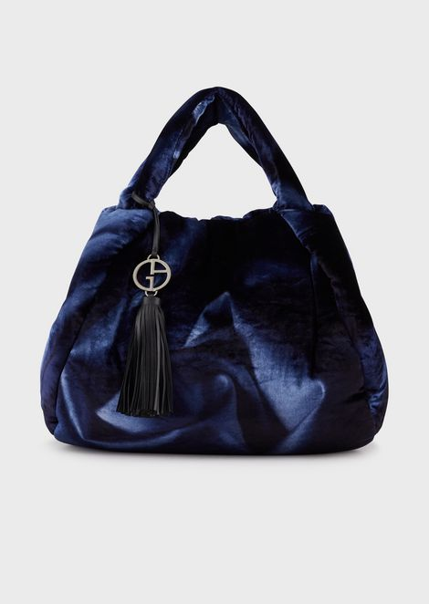Velvet shopper with whirlpool print and pendant