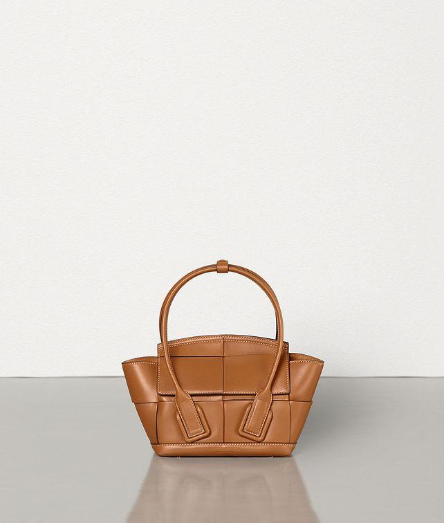 BOTTEGA VENETA ARCO 29 Top Handle Bag [*** pickupInStoreShippingNotGuaranteed_info ***] fp