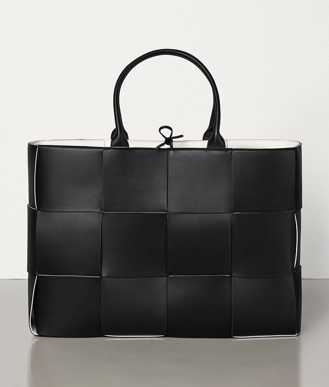 BOTTEGA VENETA ARCO TOTE Tote Bag [*** pickupInStoreShippingNotGuaranteed_info ***] fp