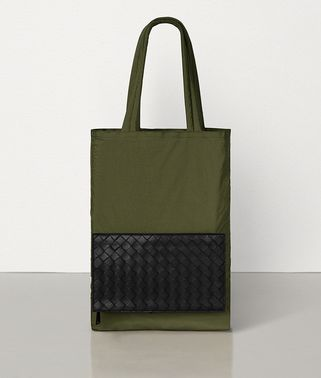 TOTE IN LIGHT PAPER NYLON