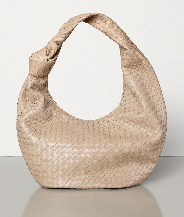 BOTTEGA VENETA Maxi BV Jodie Shoulder Bag [*** pickupInStoreShippingNotGuaranteed_info ***] fp