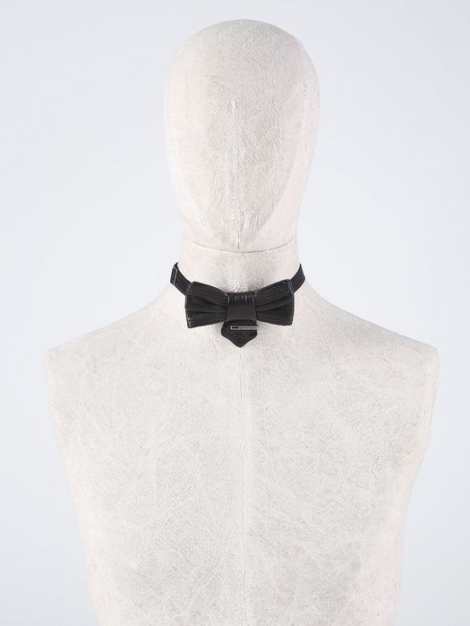 DIESEL SILVERIO Sciarpe & Cravatte U f