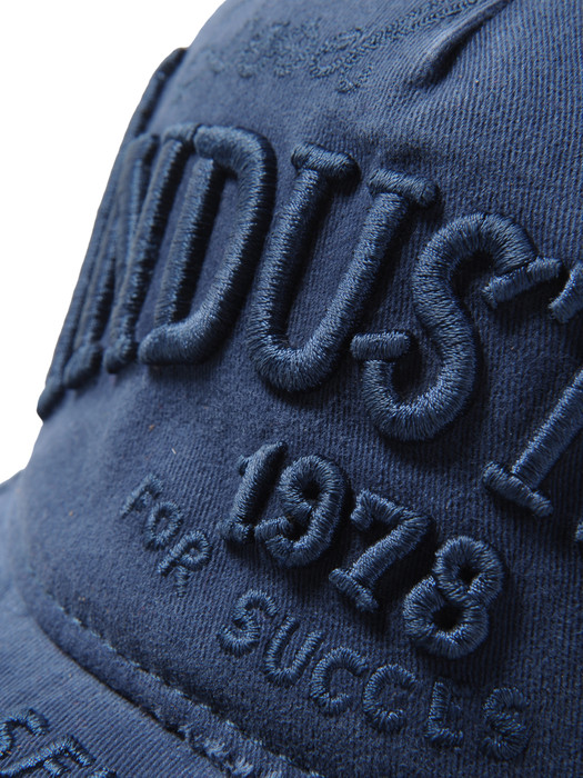 DIESEL COODY Caps, Hats & Gloves U d