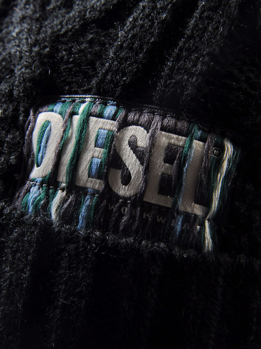 DIESEL KLAIRO Caps, Hats & Gloves U d