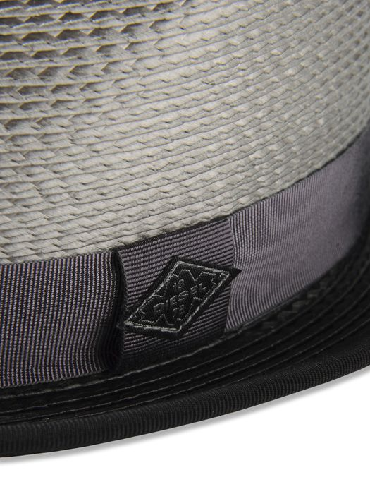 DIESEL CRISTAR Gorros, sombreros y guantes U r