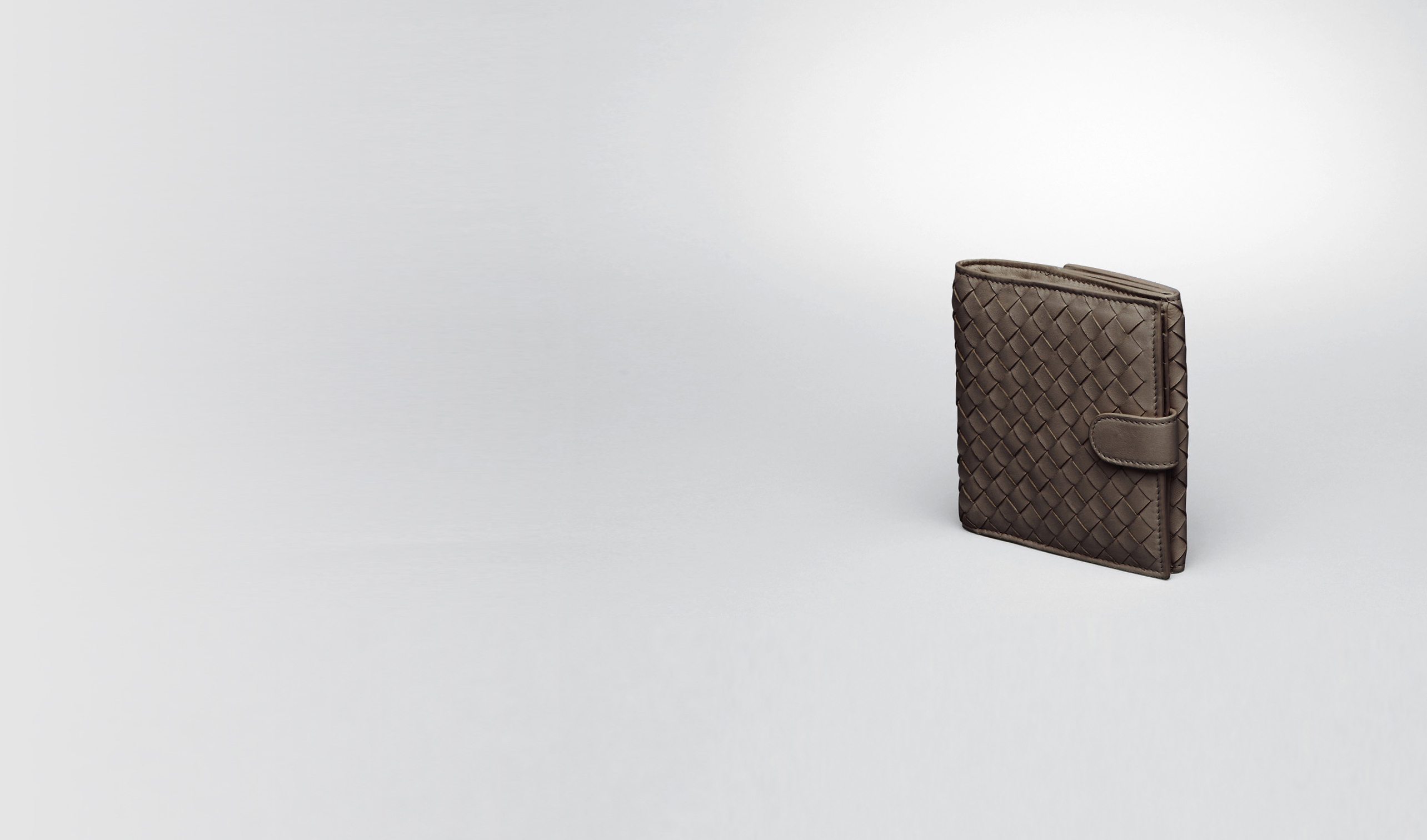 BOTTEGA VENETA Continental Wallet D Edoardo Intrecciato Nappa French Flap Wallet pl