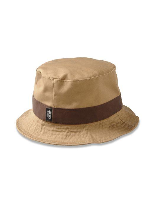 55DSL NUTTER Gorros, sombreros y guantes U e