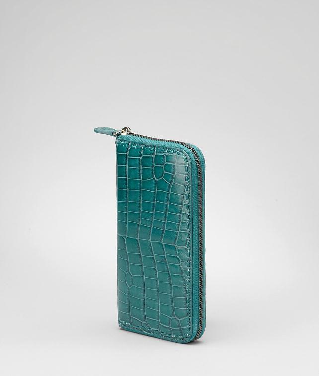 BOTTEGA VENETA Shiny Crocodile Fumé Zip Around Wallet Wallet D fp