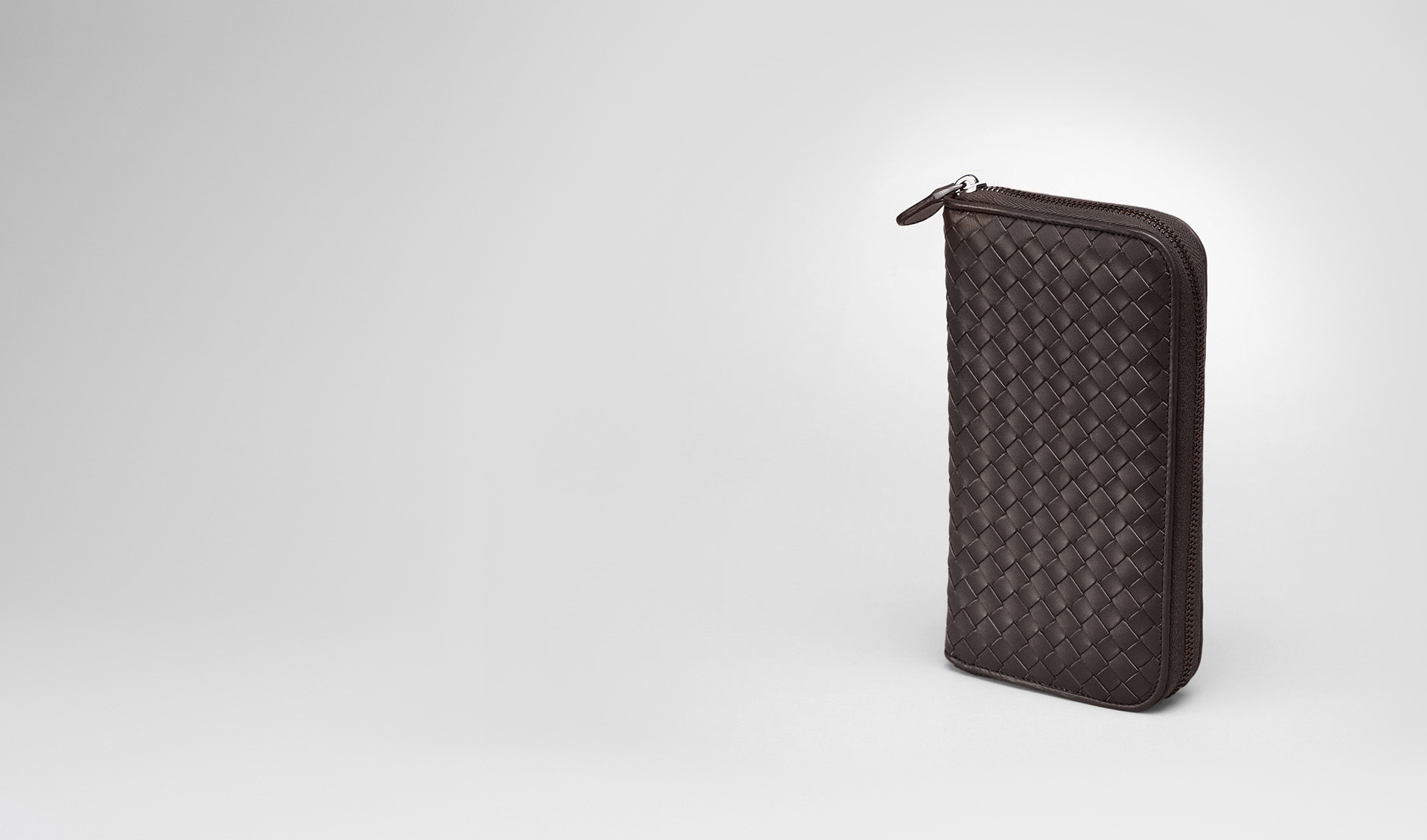 BOTTEGA VENETA Portemonnaie mit Zip U Portemonnaie MIT ZIP aus VN-Leder Intrecciato Ebano pl