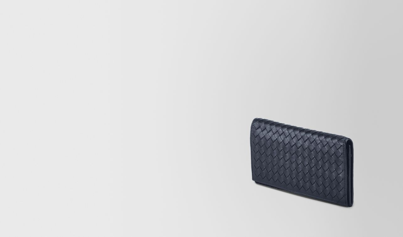light tourmaline intrecciato continental wallet landing