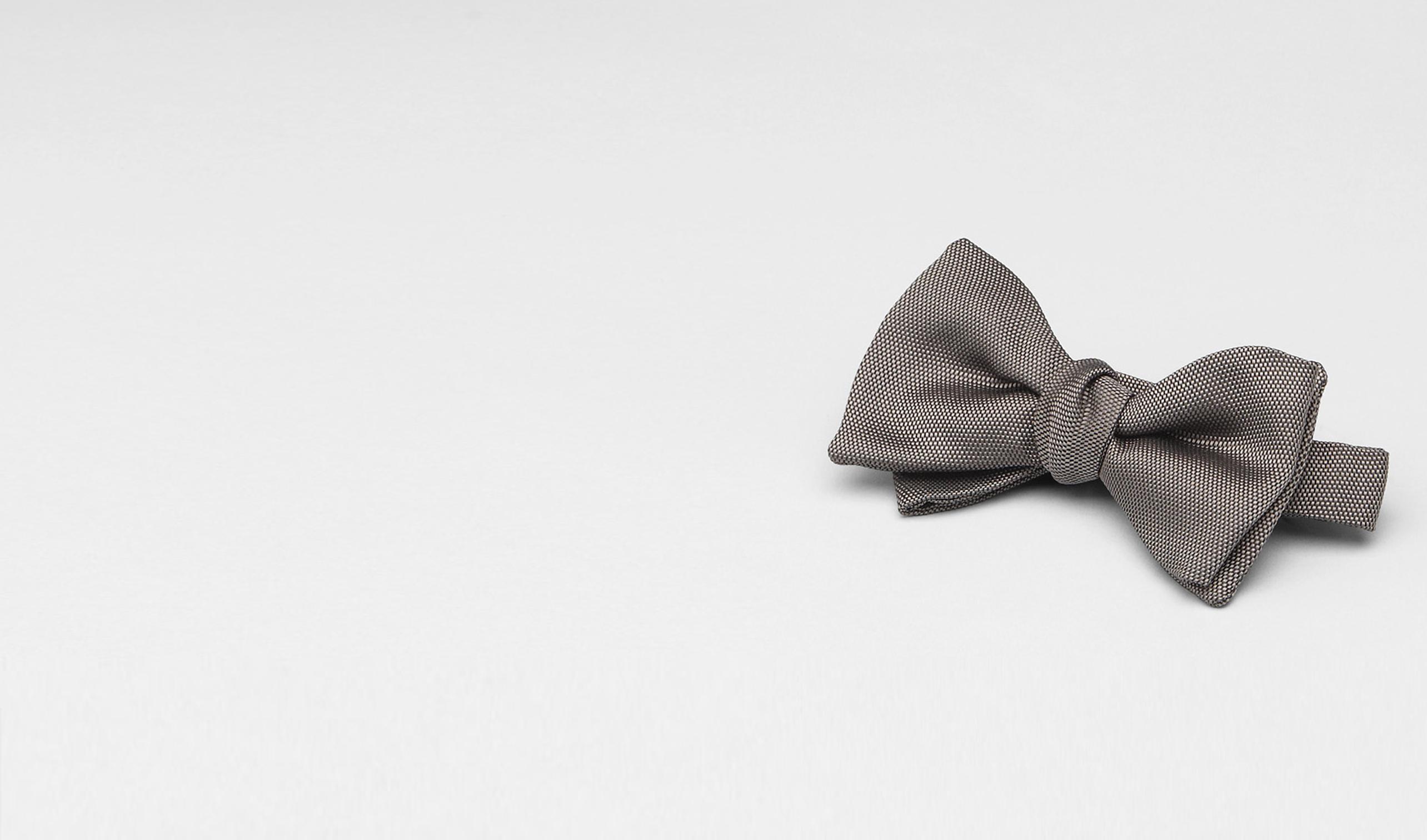 BOTTEGA VENETA Tie U Graphite Silk Bow Tie pl