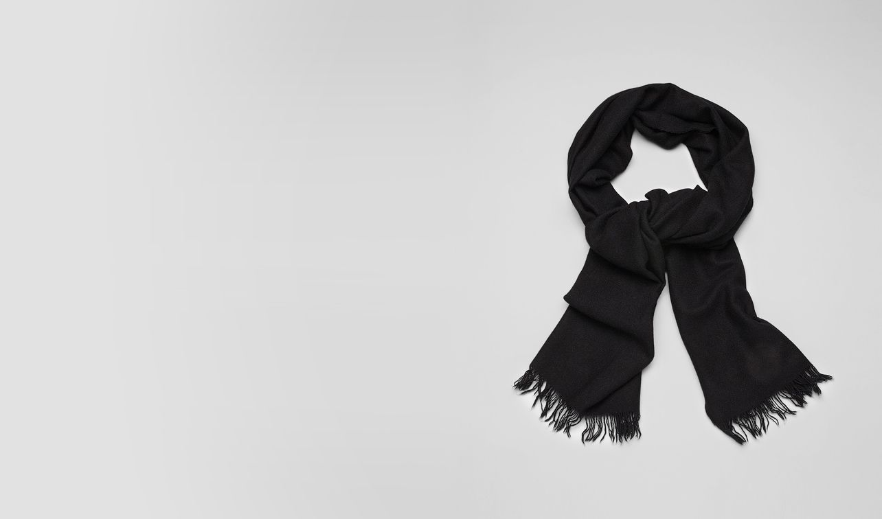 BOTTEGA VENETA Scarf or Hat or Glove U SCARF IN NERO CASHMERE SILK  pl